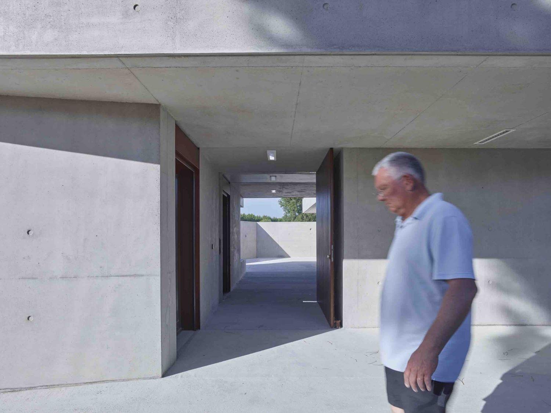 Espace Jeunes à La Grande Motte - Arch. Zakarian-Navelet Architectes - Photos : Stéphane Chalmeau