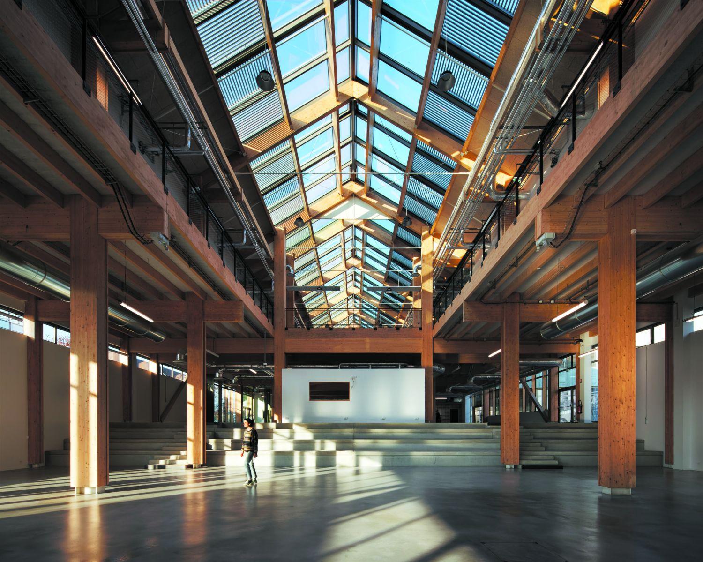 L'Industreet, Campus d'enseignement et d'apprentissage aux métiers de l'industrie à Stains - Arch. Atelier WOA © Camille Gharbi