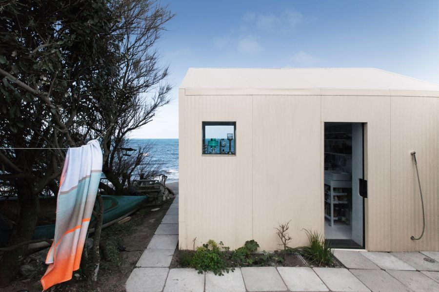 Viking Seaside Summer House - Arch. FREAKS Architecture - Photo : Jules Couartou