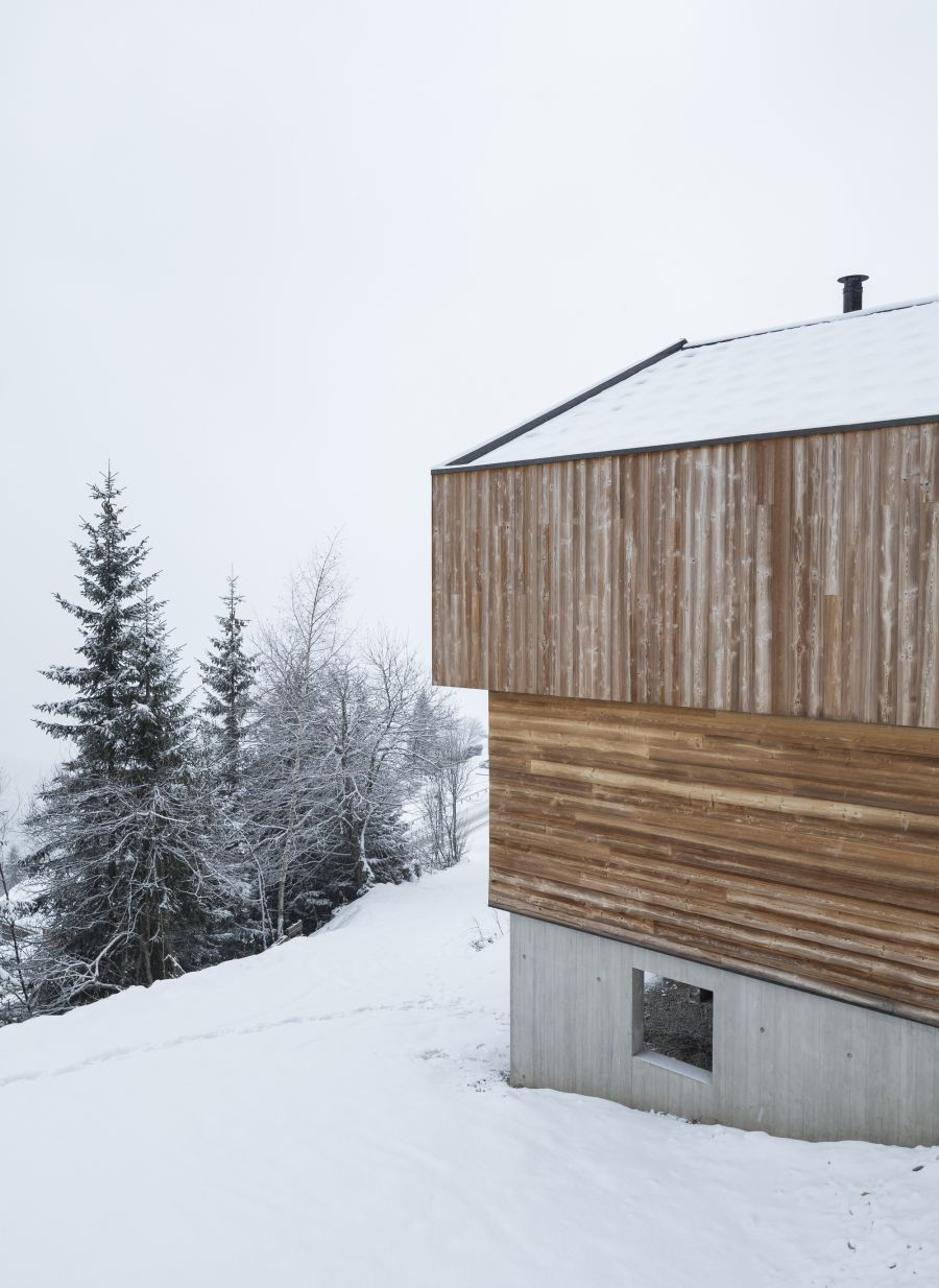 Mountain House - Arch. Studio Razavi architecture - Photo : Olivier Martin Gambier