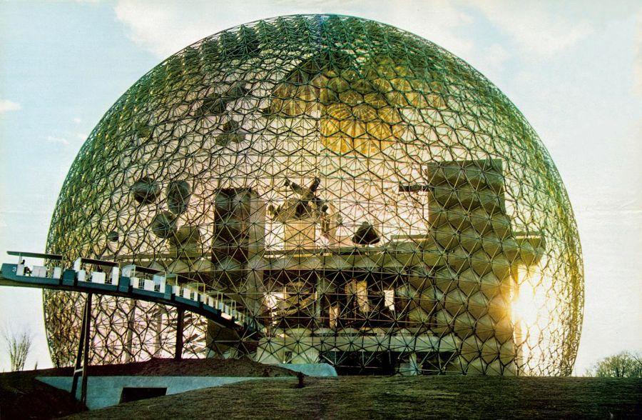 Pavillon des Etats-Unis pour l'Exposition universelle de Montréal, Canada. Richard Buckminster Fuller, Shoji Sadao, Peter Chermayeff, Terry Rankine, Ivan Chermayeff, 1967 © Estate of Buckminster Fuller