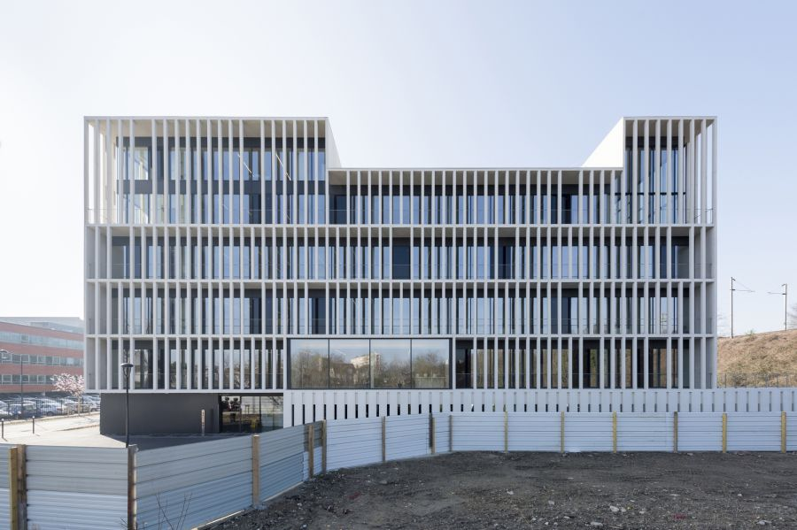 SIège de IDF Habitat - Arch. Piuarch + Stefano Sbarbati Architecte - Photos : Sergio Grazia et Martin Argyroglo