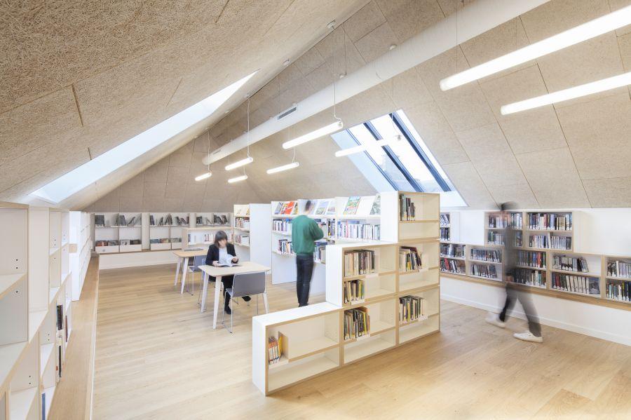 Maison de la culture à Saint-Pierre-de-Plesguen - Arch. Atelier 56S - Photo : Jeremias Gonzalez
