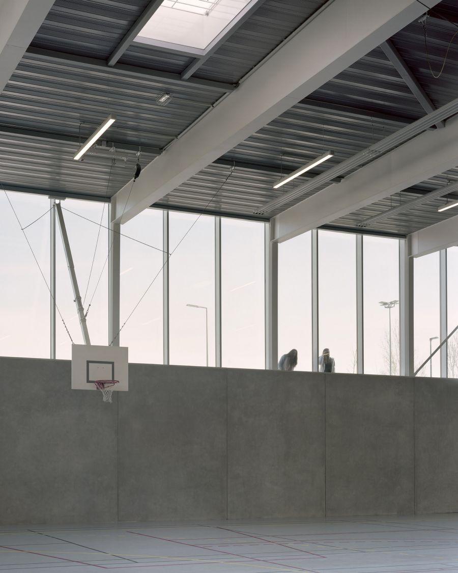 Gymnase Vanille - Arch. : Raphaël Betillon et Guillaume Freyermuth Architects + CTV Architects - Photo : Salem Mostefaoui, Maxime Delvaux
