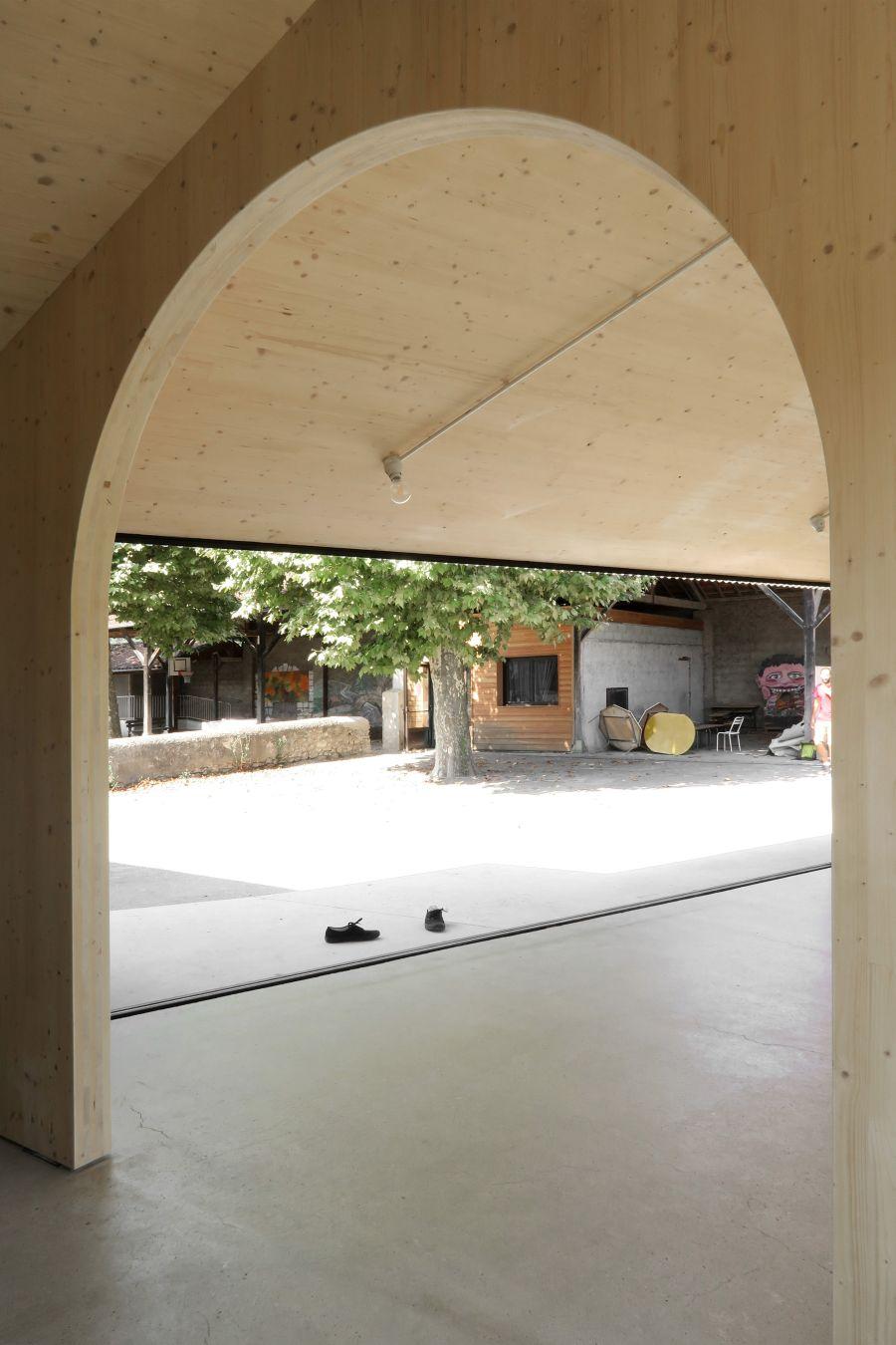 Réfectoire de l'école municipale de Montbrun Bocage - Arch. BAST - Photo : BAST