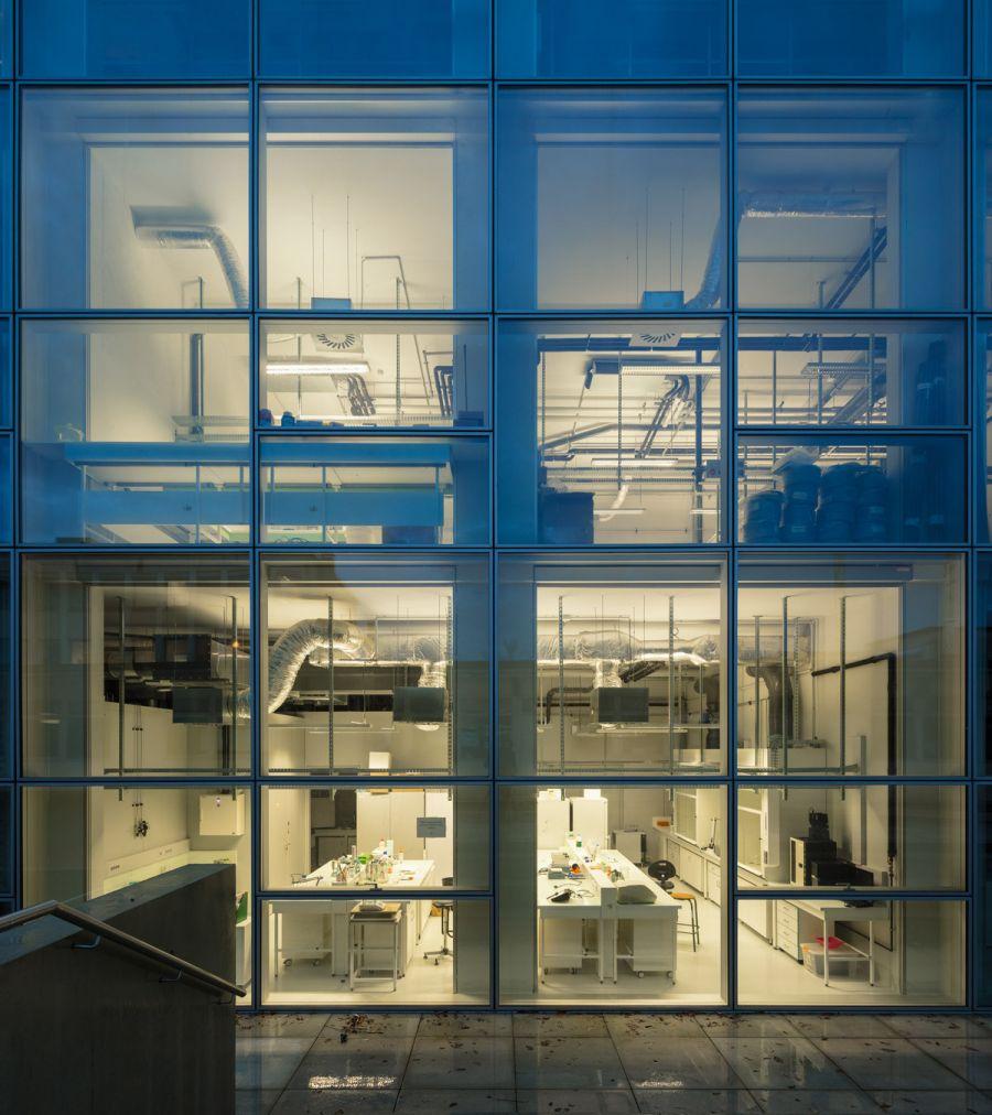 Institut des Sciences Moléculaires d'Orsay - Arch. KAAN Architecten - Photo : Fernando Guerra | FG+SG, Sebastian van Damme