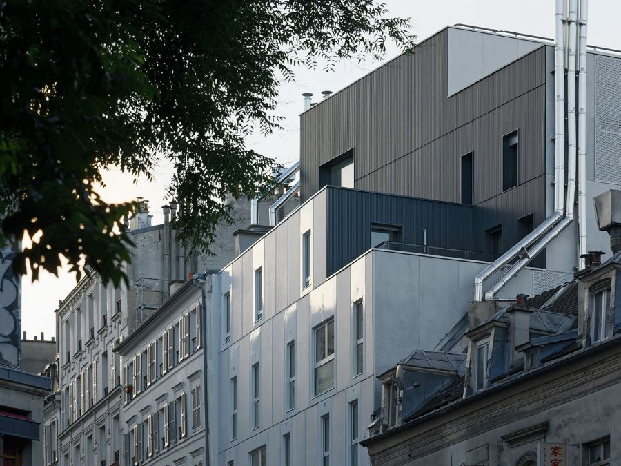 Logements sociaux Rue de Belleville - Arch. Atelier du Pont - Photo : Takuji Shimmura