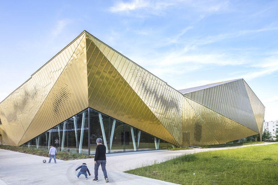 Complexe multisports La Fontaine - Arch. archi5, Tecnova Architecture - Photo : Sergio Grazia