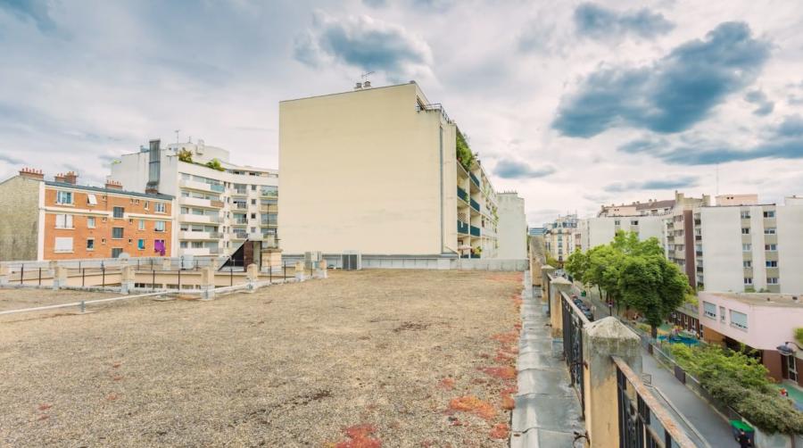 Toit de la rue Pascal où seront construites les 3 villas - Image : DR via bande-annonce