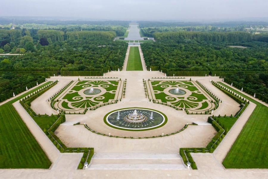 Les jardins du château de Versailles -  1ère édition de la Biennale d'architecture et de paysage en Ile-de-France - Image via DP de l'ARVHA