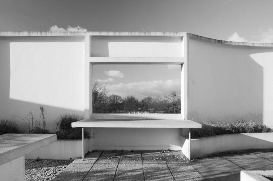 Vue depuis la terrasse de la Villa Savoye © 2019 Gerard & Kelly via DP