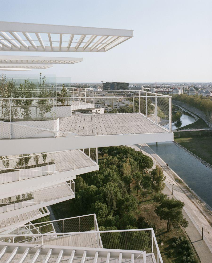 Tour résidentiel l'Arbre Blanc - Arch. Sou Fujimoto Architects, Nicolas Laisné, OXO architects, Dimitri Roussel - Photo : Cyrille Weiner