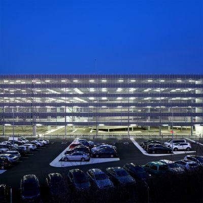 Parking de l'aéroport Bâle-Mulhouse - Arch. DeA Architectes - Photo : Pierre-Manuel Rouxel