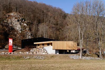 Centre de secours et d'incendie de Metzeral - Arch. Loïc Picquet Architecte - Photo : Pascal Amoyel