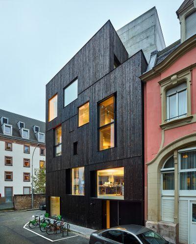 Logements et bureaux à Strasbourg - Arch. Dominique Coulon & Associés - Photos : Eugeni Pons, David Romero-Uzeda