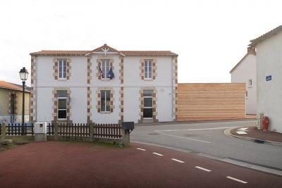 Extension de mairie - Arch. Titan - Photo : Julien Lanoo