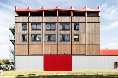 """Ateliers Médicis, """"Premier lieu"""" -  Arch. Encore Heureux - Photo : Cyrus Cornut"""