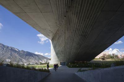 Centre Roberto Garza Sada, Université de Monterrey, 2012 © Photo : Shigeo Ogawa