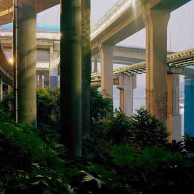 Série Nocturnes [RÉHABILITER LE PÉRIURBAIN], 2007 Jurgen Nefzger Photographies couleurs 100 x 100 cm © Jurgen Nefzger