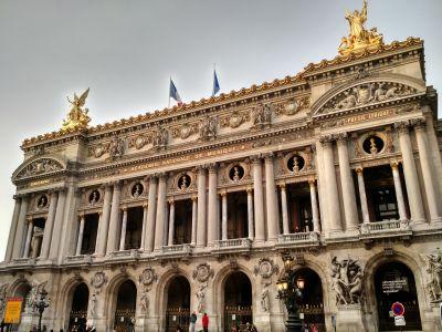Le Palais Garnier par Jon Evans - CC BY 2.0