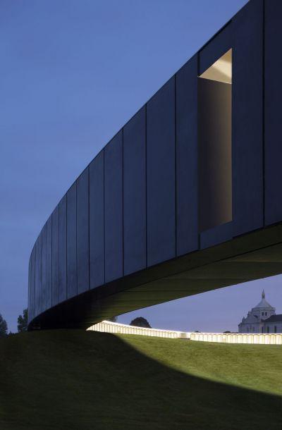L'anneau de la Mémoire - Arch. AAPP - Photo : Aitor Ortiz