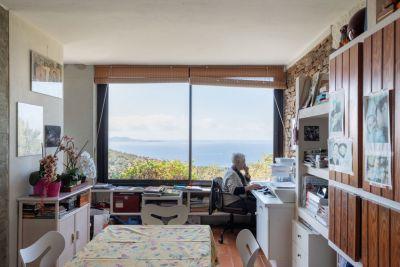 """Visuel de l'exposition """"Architectopies, Habiter le Var en vacances """" présentée Rue des Arts, à Toulon © Rue des Arts"""