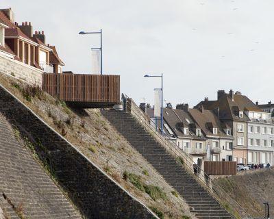 Les balcons sur la mer - Arch. Pseudonyme Architecture - Photo : Edouard Sanville