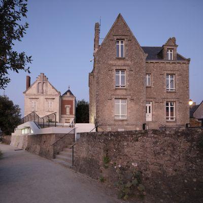 Capitainerie de Piriac-sur-Mer - Arch. THE architectes © Philippe Piron