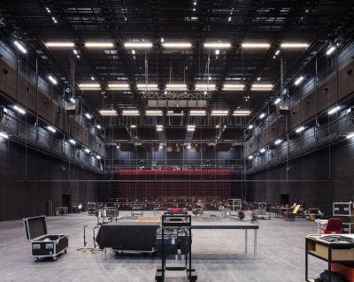 Théâtre du Maillon - Arch. LAN architecture  © Charly Broyez