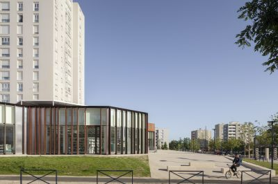 Centre socio-culturel A.Schweitzer - Arch. MAO architectes © Cyrille Lallement