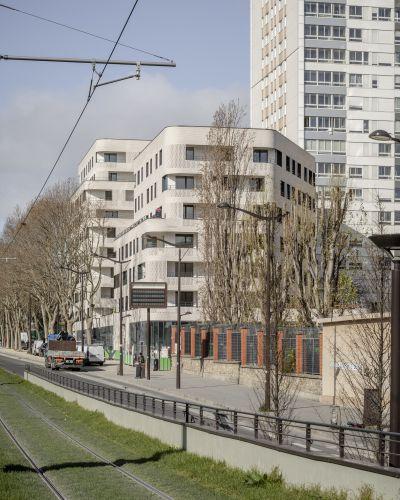 Logements Boulevard Ney - Arch. Ingrid Taillandier Architectures © 11h45