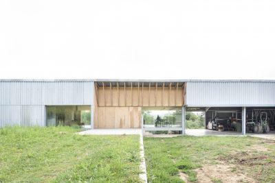Hangar à Ancy-Dornot - Arch. GENS © Ludmilla Cerveny