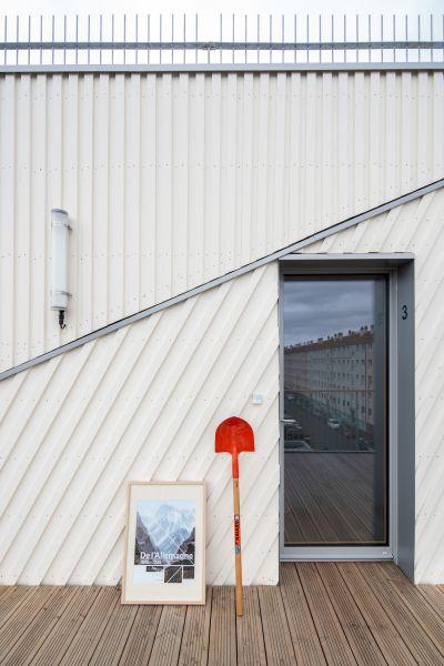 Friendly building à Villejuif - Arch. Wild Rabbits architectes et Ithaques architectes © Nicolas Grosmond